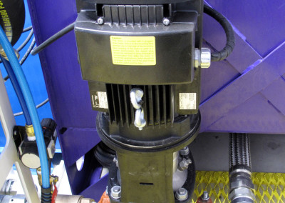 Fluid pump in the FRS 'cold' room.