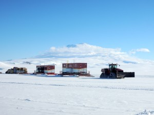 Traverse departure from McMurdo